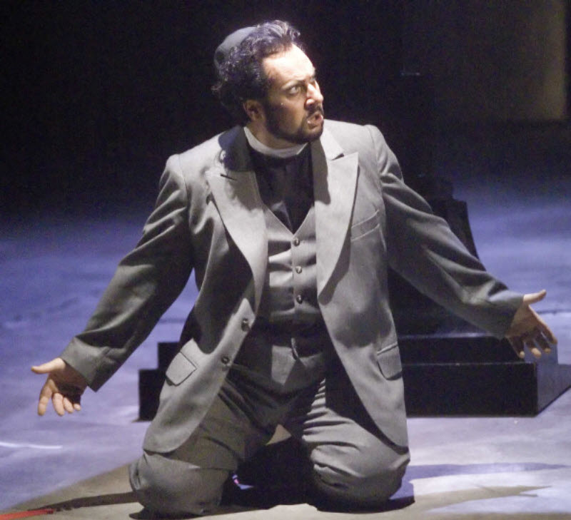 Alvaro in La Forza del Destino Act 4